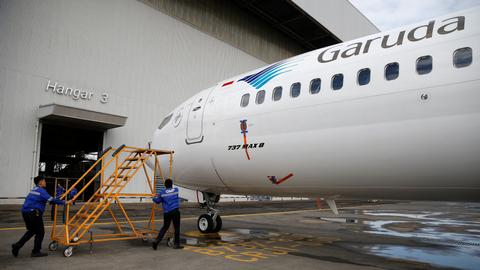 Nations, airlines ground and temporarily ban Boeing's 737 MAX 8 plane