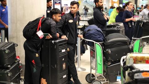 Bangladesh cricketers leave New Zealand after escaping mosque massacre