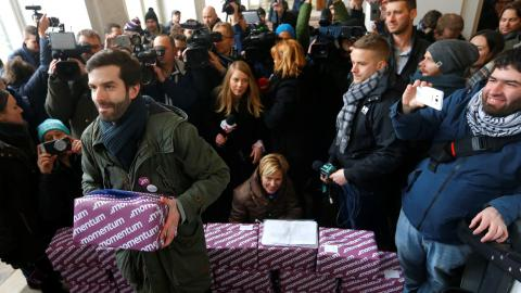 Budapest may drop Olympic bid after massive signature campaign