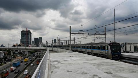 Traffic-choked Jakarta to inaugurate mass rapid transit system