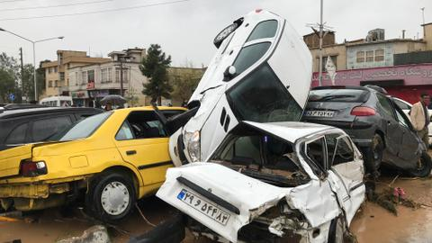 At least 17 die in Iran flash floods