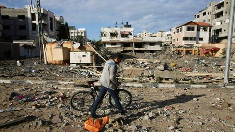 Tense calm after Israel attacks Gaza