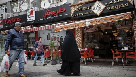 Left out in the cold of the Arab world, Syrians break new ground in Turkey