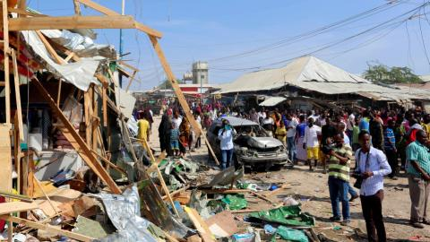 Suicide attack on Somali market kills 39