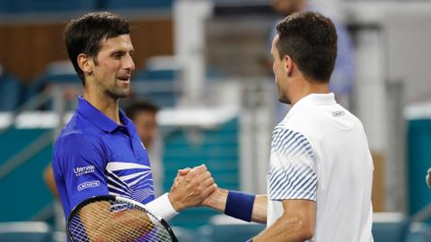 Djokovic upset in 4th round at Miami Open