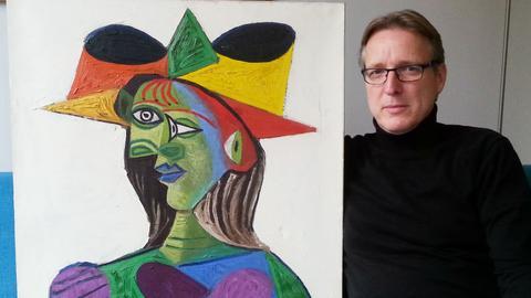 Dutch art detective recovers stolen Picasso