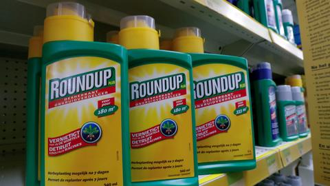 Man awarded $80M in lawsuit claiming Roundup causes cancer