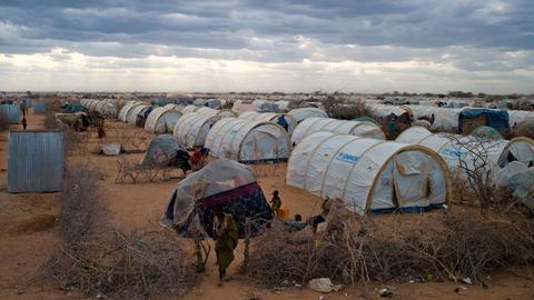 Kenya plans to close Dabaab refugee camp