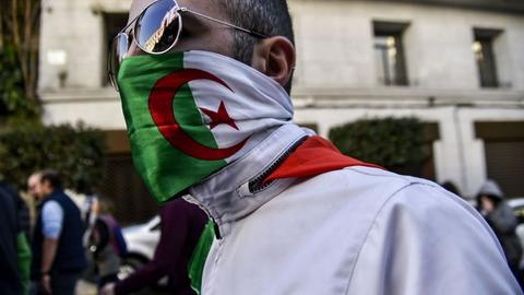 Loyalist calls for president to quit fail to quell Algeria protests