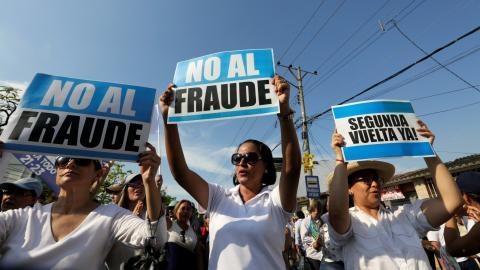 Protests as Ecuador awaits presidential election results