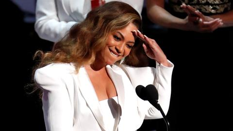 Beyonce named 'Entertainer of the Year' at 50th NAACP Image Awards