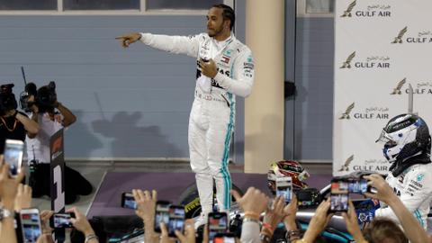 Hamilton wins Bahrain GP after latest Ferrari failure