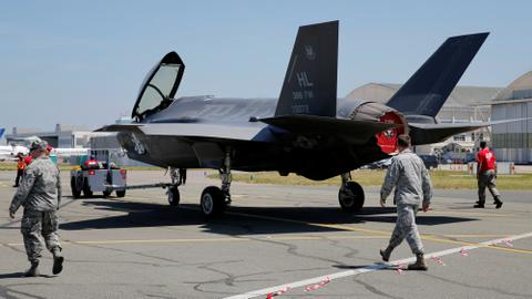 Turkish pilots to keep training on F-35s, Pentagon says