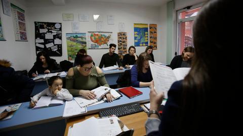 Massive brain drain threatens Bosnia's labour force
