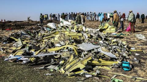 Ethiopian Airlines pilots followed Boeing's emergency procedures - WSJ