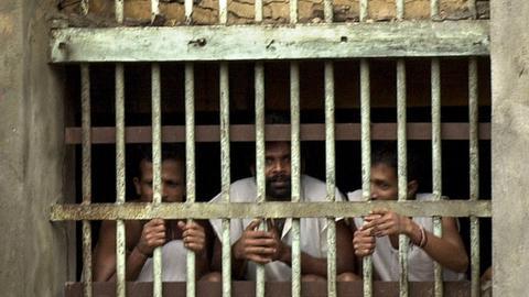 Sri Lanka interviews 47 potential hangmen to resume executions