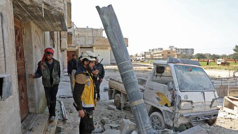 Syrian regime forces' shelling kills 17 - war monitor