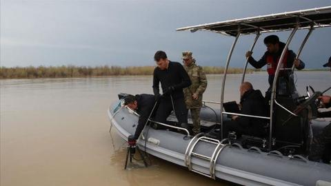 Turkey's divers hailed for body-recovery efforts in Tigris River