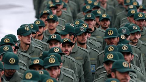 The US will likely hit Iranian targets with equal force, says expert