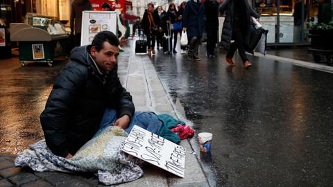 France guilty of abusing homeless people's rights - UN rapporteur
