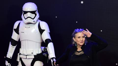 Carrie Fisher in trailer for final 'Star Wars' movie