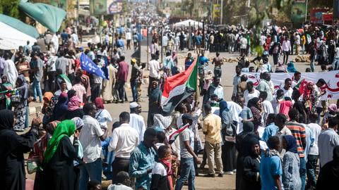 Sudanese 'regime' killed 16 after president Bashir's ouster – activists