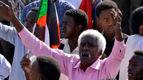 Sudan protesters demand swift civilian rule after 'revolution'