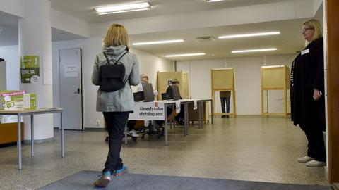 Finns head to the polls to elect new government