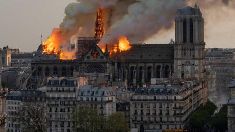 Notre Dame fundraiser stirs criticism online