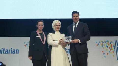 Turkey's first lady wins 'changemaker'  award