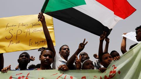 Protests continue in Sudan demanding civilian rule