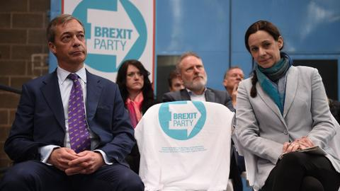 New Brexit party takes lead in EU poll