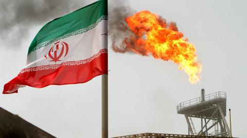 US set to end Iran sanctions waivers on oil - Washington Post, Reuters