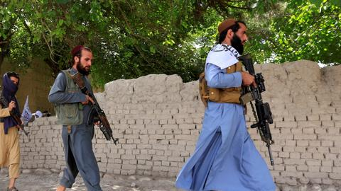 Heavy fighting flares between Taliban and Daesh in Afghanistan