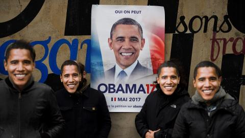 Thousands of people want Obama to become France's president