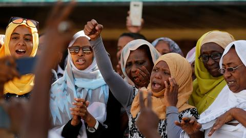 Could Turkey arbitrate between opposing sides in Sudan's political crisis?