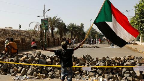 Sudan's military rulers 'ready to negotiate' with opposition
