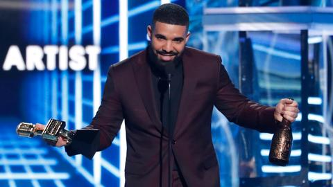 Drake has huge night at Billboard Awards, wins top artist