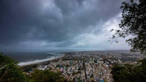 Mass evacuations as monster cyclone targets India