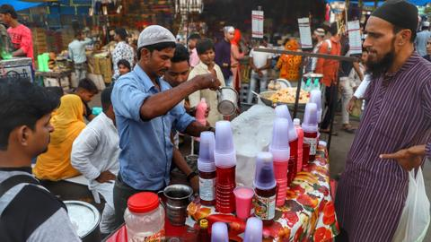 Can a century-old beverage thaw frosty India-Pakistan ties?