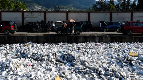 180 nations agree UN deal to regulate export of plastic waste