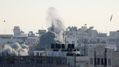 Saudi journalists pray for Israel during Ramadan