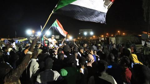 Sudan army 'suspends' talks until roads cleared