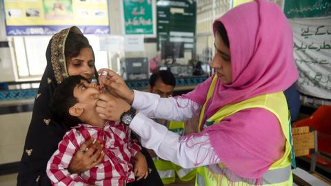 New polio cases take total to 17 in Pakistan