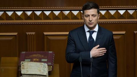 New Ukraine President Zelenskiy dissolves parliament