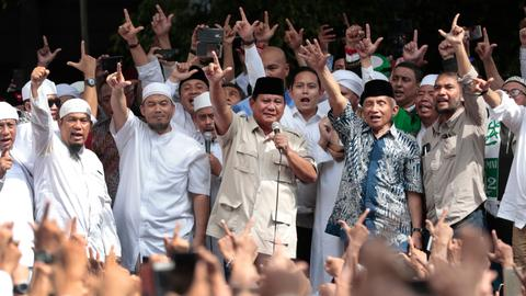 Why is Prabowo challenging Jowoki's win in Indonesia's presidential poll?