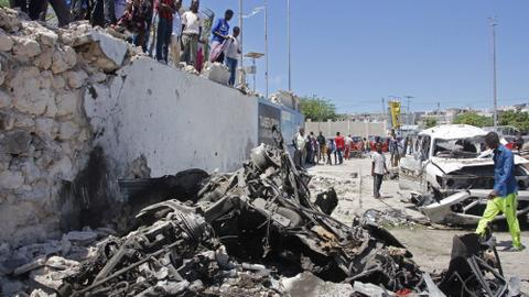 Ex-minister among nine killed in Somalia car bomb