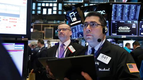 Wall Street loses early gains as concerns over trade war grow