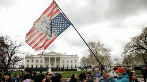 Native Americans take oil pipeline protests to White House