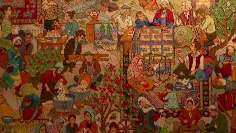 Azeri weavers pin hopes for